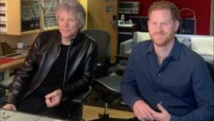 Príncipe Harry e Jon Bon Jovi fazem parceria musical para causa beneficente
