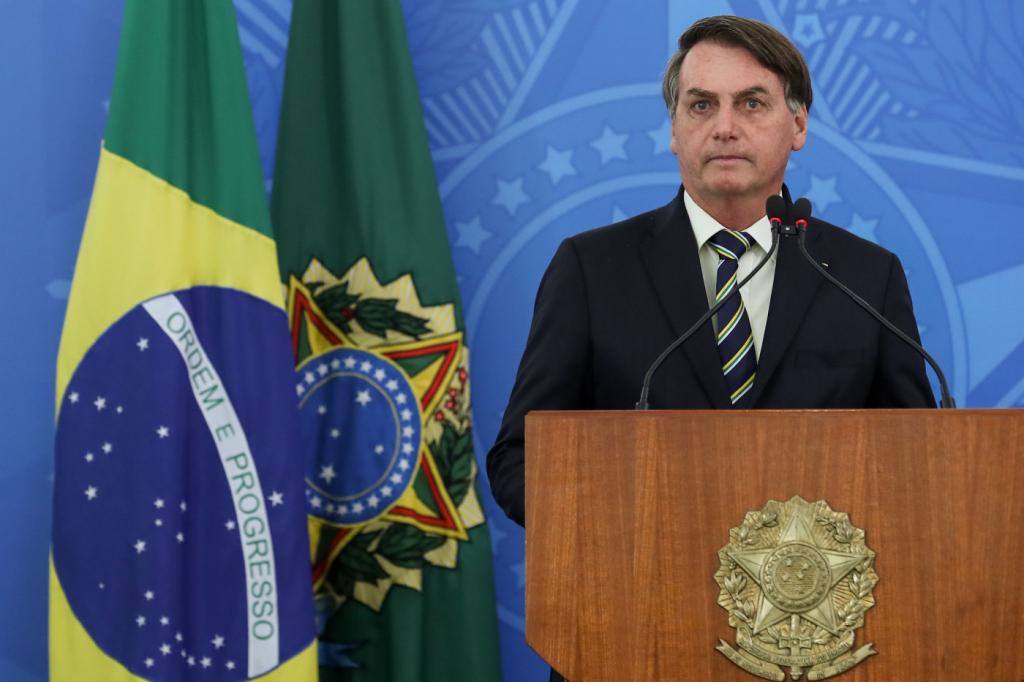 Governo anuncia R$ 200 bilhões para combate ao novo coronavírus