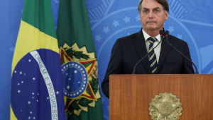 Justiça Federal suspende trechos do decreto de Bolsonaro sobre serviços essenciais