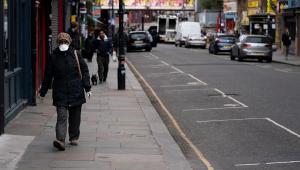 Reino Unido pode estar perto do pico do coronavírus ao registrar 854 mortes em um dia