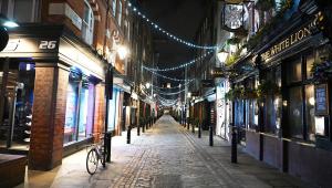 Reino Unido: Lei impede casais que moram separados de fazer sexo