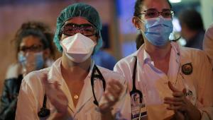 Polícia prende quadrilha por furto de 50 mil máscaras de hospital em SP