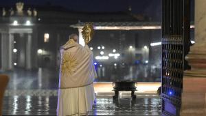 EXCLUSIVO: Wanderley conversa com a Rádio Vaticano sobre a imagem do papa que comoveu o mundo