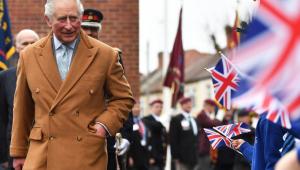 Príncipe Charles cita 'sorte' por sintomas leves após diagnóstico de Covid-19