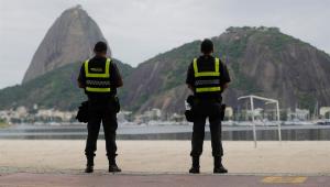 Prefeitura do Rio fecha bar onde acontecia festa com 60 pessoas