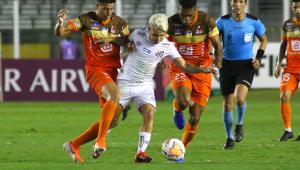 Em jogo sonolento, Santos vence Delfín na Libertadores