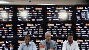Pressionado, Tiago Nunes diz que treinadores estão enviando currículo ao Corinthians
