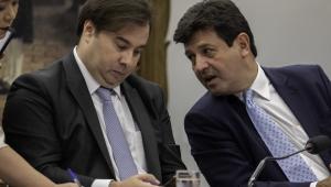 Maia sobre 'fico' de Mandetta: 'Bolsonaro ouve mais as redes sociais do que o Congresso'
