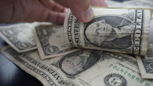 Dólar tem queda de 2,6% na semana e fecha o dia em R$ 5,31