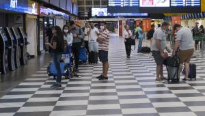 Portugal pede esclarecimentos ao Reino Unido sobre proibição de voos