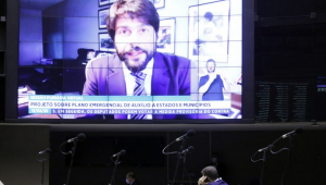 Câmara aprova urgência para mudança no CTB e projeto sobre violência doméstica