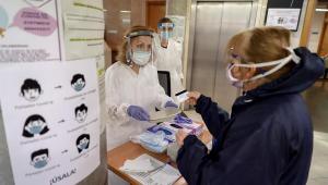 Espanha ultrapassa marca de 70 mil mortos pela Covid-19