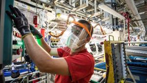 Produção industrial sobe 8,9% em junho ante maio, diz IBGE