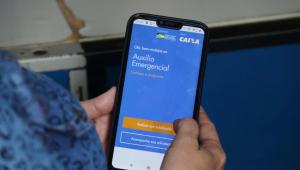 Caixa realiza neste domingo pagamento de auxílio emergencial para nascidos em janeiro