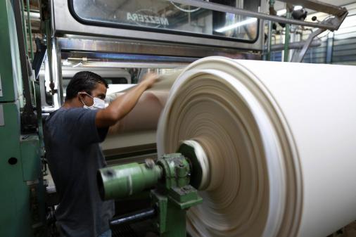 PIB cresce 7,7% no terceiro trimestre, e Brasil sai da recessão