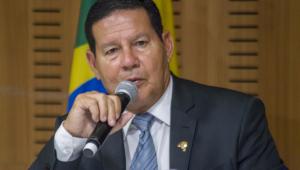 Senado aprova convite para Mourão dar esclarecimentos sobre desmatamento na Amazônia