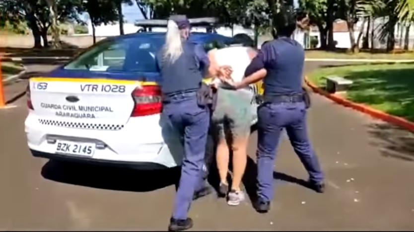 Mulher é detida por descumprir isolamento em Araraquara | Jovem Pan