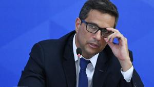 'Países que fizeram pouco contra a Covid-19 tiveram maior redução do PIB', diz Campos Neto