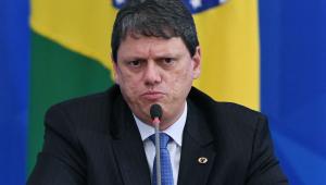 Ao vivo: Ministro Tarcísio de Freitas é o entrevistado do 'Direto ao Ponto'