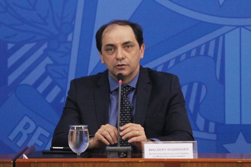 PIB brasileiro deve cair 4,5% em 2020, estima Waldery Rodrigues – Jovem Pan