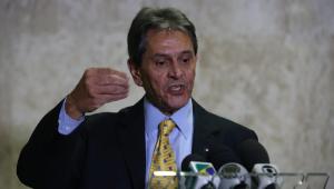 Roberto Jefferson promete parar José Dirceu 'na bala': 'Vamos atirar nele'