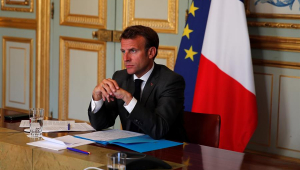 Presidente da França volta a criticar desmatamento na Amazônia