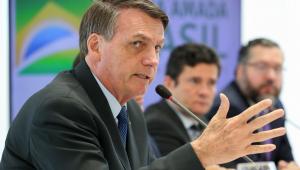 Moro atuou para dificultar a posse de armas para as 'pessoas de bem', diz Bolsonaro