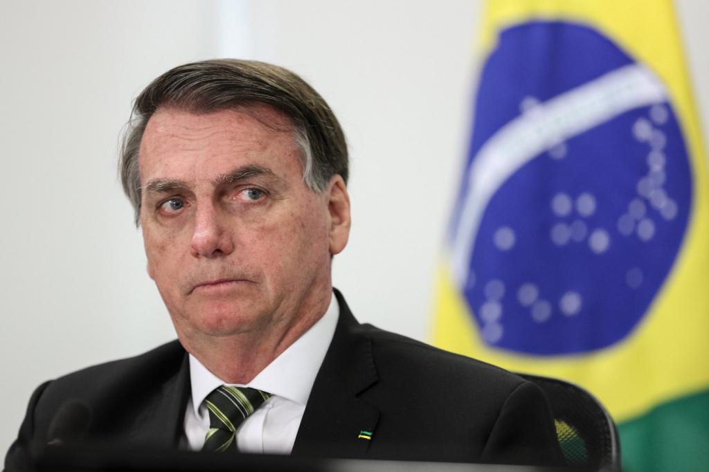 Datafolha: Governo Bolsonaro tem rejeição de 43% dos brasileiros; base de apoio se mantém – Jovem Pan