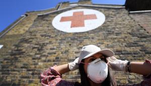 Reino Unido supera 37 mil mortes por covid-19 e cresce pressão por saída de assessor que furou quarentena