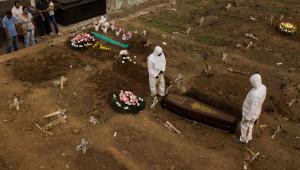 Brasil registra 1.214 novas mortes por Covid-19; total é de 218 mil