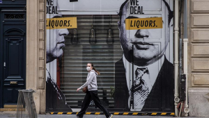 França diz que pandemia 'está controlada' após queda de internações