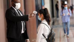 Senado aprova projeto que obriga o uso de máscaras durante a pandemia