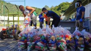 Fluminense: Com arrecadação de ingresso simbólico, clube distribui cestas para funcionários