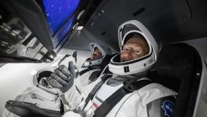 Quem são os dois astronautas a bordo da SpaceX
