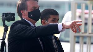 Defesa diz que Bolsonaro 'jamais praticou qualquer ato que afrontasse a democracia'