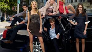 Reboot de 'Gossip Girl' terá estreia adiada devido à pandemia