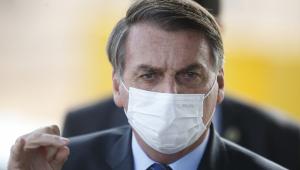 Bolsonaro chama grupos antifas de 'terceira onda da pandemia'