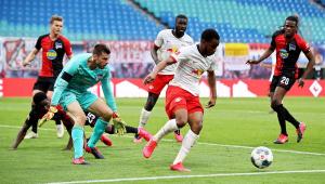 RB Leipzig empata com o Herta Berlim e desperdiça a chance de colar no vice-líder