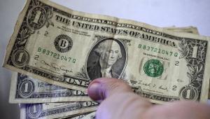 Dólar tem a maior queda desde junho de 2018 e vai a R$ 5,20