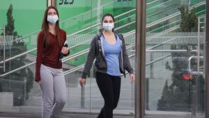 Brasil tem 623 novas mortes pela Covid-19 e mais de 12 mil novos casos