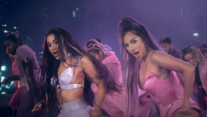 "Lady Gaga e Ariana Grande lançam ""Rain on me"""
