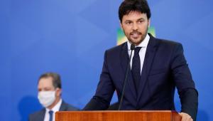 """Fábio Faria diz que publicidade sobre o auxílio emergencial não é """"propaganda de governo"""""""