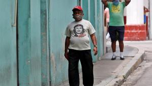Cuba tem novo recorde de casos de Covid-19 e volta a impor restrições