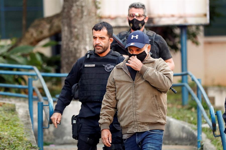 Fabrício Queiroz deixa a cadeia e cumprirá prisão domiciliar – Jovem Pan