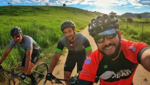 Fred vai de bicicleta de Belo Horizonte ao Rio para se apresentar ao Flu
