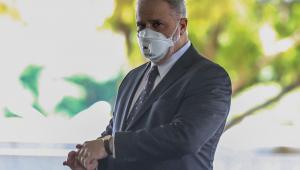Aras defende que Bolsonaro seja questionado sobre como prefere depor em inquérito no STF