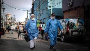 Após vários dias de queda, Argentina registra recorde de casos da covid-19