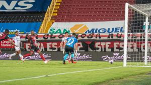 Liga da Costa Rica, primeira a voltar nas Américas, pode ter campeão nesta segunda