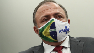 Pazuello apoia isolamento e lamenta 100 mil mortes: 'Não é só um número'