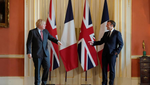 Emmanuel Macron e Boris Johnson